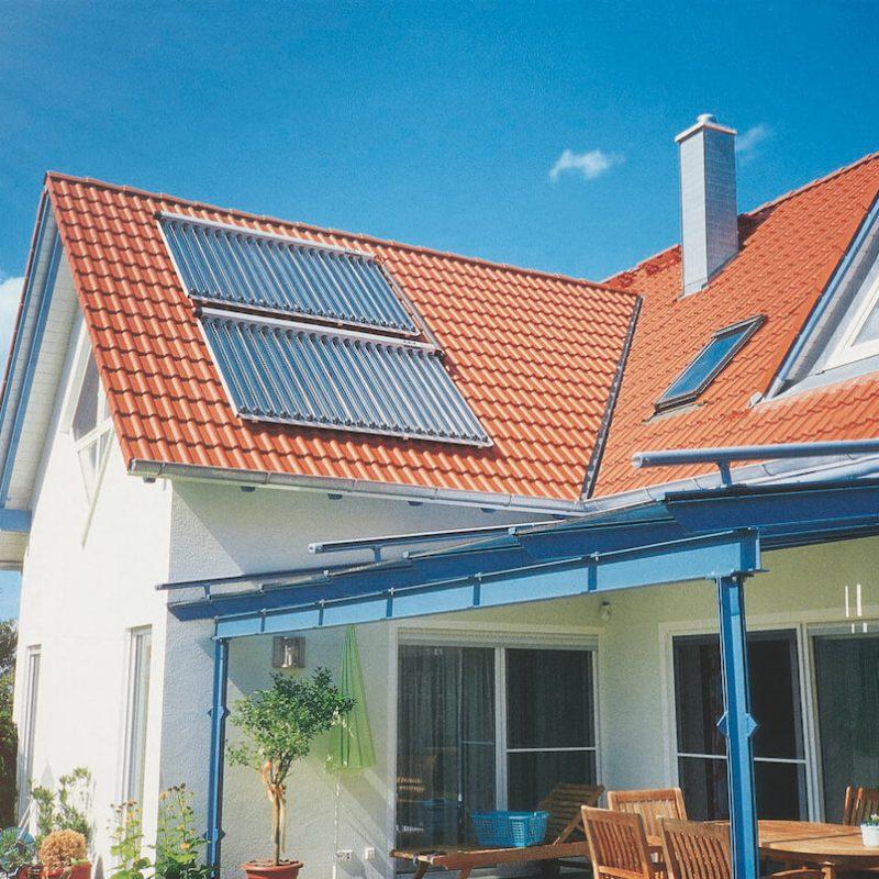 Bild_Solar_Kollektor_Dach_02_VI_Sonne_4c (2) (1)