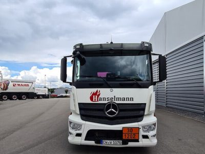 Tankwagen vorne - Hanselmann